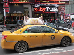 2019 CATS Movie Musical Ad on top of Taxi Cab 1323 (Brechtbug) Tags: 2019 cats scalp riding top taxi cab movie musical broadway billboard kinda look like mutants new york city 12052019 nyc action andrew lloyd webber 80s winter garden theater show portrait poster standee theaters 7th ave 41st street above times square