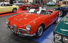Alfa Romeo Giulietta Spider véloce 1300 (1961) // TO-361200 (baffalie) Tags: auto voiture ancienne vintage classic old car coche rétro expo italia sport automobile racing motor show collection club course race circuit italie turin fiera