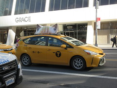 2019 CATS Movie Musical Ad on top of Taxi Cab 1340 (Brechtbug) Tags: 2019 cats scalp riding top taxi cab movie musical broadway billboard kinda look like mutants new york city 12052019 nyc action andrew lloyd webber 80s winter garden theater show portrait poster standee theaters 7th ave 41st street above times square