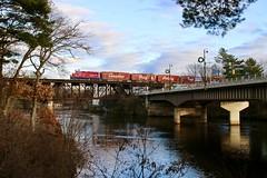 Wisconsin Dells, Wisconsin (UW1983) Tags: canadianpacific cp holidaytrain wisconsin bridges wisconsindells wisconsinriver tomahsub
