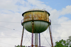 Rusty, Graffiti Covered, Water Tower, Milan, Georgia (gg1electrice60) Tags: cordele cityofmilan milanisinbothdodgetelfaircounties dodgecounty telfaircounty georgia ga unitedstates usa us america speeders speederexcursion northamericanrailcarownersassociation narcoa narcoamembers guests watertank watertower canondigitalrebel canoneosdigitalrebel dslr singlelensreflexcamera slr graffiti rustyandcrusty rustycrusty rust initials names tags letters numbers symbols guywires tensioningwires bird