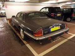 Jaguar XJS (Monde-Auto Passion Photos) Tags: voiture vehicule auto automobile cars jaguar xjs coupé noir black sportive rare rareté collection abandon parking sousterrain foch france paris