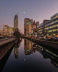 Den Haag skyline1 (Rens Timmermans) Tags: canon5dmk3 canontse24mmf35ii architectuur avondfotografie reflectie denhaag ngc