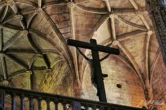 Monasterio de Os Jerónimos.   Portugal. (blanferblanc) Tags: monasterio losjerónimos cristo cruz lisboa lisbon portugal