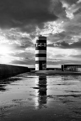 DSC_5791 (JoãoSilva Fotografia) Tags: preto e branco foz do douro farol mar bw black