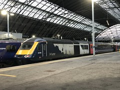 Glasgow Queen Street - 03-12-2019 (agcthoms) Tags: scotland glasgow glasgowqueenstreet station railways trains scotrail class43 43136