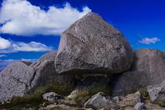 Bariloche 2019 - Cerro Catedral Diente de Caballo Piedra levita (Pablo Begni) Tags: bariloche rionegro patagonia piedras cerrocatedral cielo nubes color encuadre foco nikond800 nikon argentina d800 flota