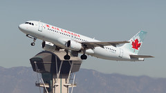 Air Canada A320. (spencer_wilmot) Tags: aviation ac aca aircanada la lax klax losangeles departure takeoff climbout narrowbody mediumhaul controltower a320 aircraft airplane airliner airport airbus cgqca plane passengerjet civilaviation commercialaviation jet jetliner