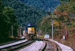 CSX 8052 West at McMillan, WV (thechief500) Tags: csx railroads mcmillan wv usa mountainsubdivision