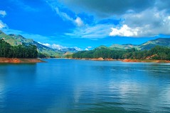Cloud attack (clicksnframes) Tags: lake 7d canon mattuppetty idukki munnar kerala india landscape mountain