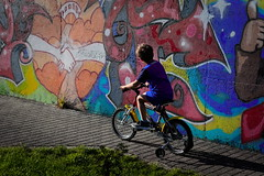 * (Gwenaël Piaser) Tags: september septembre 2019 september2019 ryan grafitti wall bike bicycle biciclette velo tag peinture painting luxembourg luxemburg luxemburgo lussemburgo lëtzebuerg enfant child kid 85mm 85mmf18 canonef85mmf18usm ef85mmf18usm ef85mm usm ef85mmusm canonef85mm118usm prime unlimitedphotos gwenaelpiaser canon eos 6d canoneos eos6d canoneos6d fullframe 24x36 reflex rawtherapee