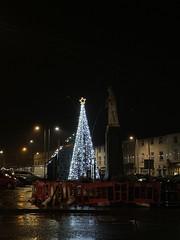Christmas 2019 - Market Square - Gort, County Galway. (firehouse.ie) Tags: hol christmas cmas marketsquare xmastree tree ireland countygalway 2019 xmas gort advent