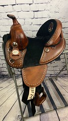 11174 (sportssaddlesalem) Tags: 11174 baby bob barrel racer cowboy hat boot embroidery black suede seat 5 cantle smoothout so antique brown round skirt bone buckstitching buckstitch bs 18 lh leather horn