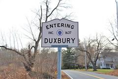 Duxbury, MA (Stephen St-Denis) Tags: duxbury massachusetts plymouthcounty townline sign enteringmass