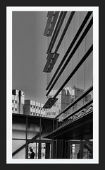 (Jim «JP» Hansen) Tags: photohopexpress architecture reflection ohsu