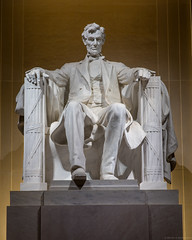 Abraham Lincoln (Fret Spider) Tags: abe abrahamlincoln lincolnmemorial president presidential statue integrity honor capital washingtondc dc usa vacation wife holiday thanksgiving givethanks wander sonnar1352ze sonnarapo1352ze aposonnart2135 zeiss carlzeiss fujifilmgfx50s mediumformat night dusk beauty