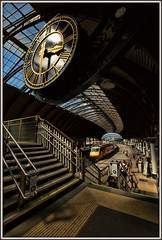 Missing summer already? (david.hayes77) Tags: 2018 summer york yorkstation yorkshire virgin train victoriana victorian clock dvt stairs steps footbridge infrastructure architecture whiterose drivingvantrailer ic225