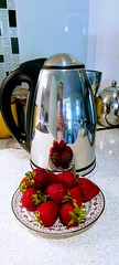 mirrored fruit (IMAGES JIGGS) Tags: imagesjiggs fruit strawberries mirrored electricjug reflection