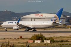 United B767-322ER N646UA (José M. Deza) Tags: 20191129 b767322er bcn boeing elprat lebl n646ua planespotting spotter unitedairlines aircraft