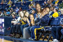 MGoBlog-JD Scott_University of Michigan-Women's Basketball-Syracuse-12.5.19-2-16 (MGoBlog) Tags: orange sports basketball december michigan annarbor universityofmichigan wolverines syracuseuniversity 2019 jdscott crislercenter womensbasketball mgoblog syracuse wwwmgoblogcom