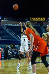 MGoBlog-JD Scott_University of Michigan-Women's Basketball-Syracuse-12.5.19-2-21 (MGoBlog) Tags: 2019 annarbor basketball crislercenter december jdscott michigan orange sports syracuseuniversity universityofmichigan wolverines womensbasketball mgoblog syracuse wwwmgoblogcom