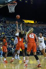 MGoBlog-JD Scott_University of Michigan-Women's Basketball-Syracuse-12.5.19-2-36 (MGoBlog) Tags: 2019 annarbor basketball crislercenter december jdscott michigan orange sports syracuseuniversity universityofmichigan wolverines womensbasketball mgoblog syracuse wwwmgoblogcom