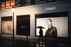 . (ks.bellevue) Tags: streetphotography nightphotography rainyday umbrella streetphoto