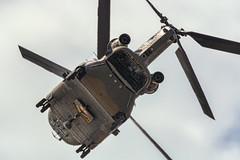 CFR5650  Boeing Vertol CH-47d Chinook (Carlos F1) Tags: nikon aircraft airplane aeroplane avion aeronave festaalcel airshow festivalaereo festival planespotter spotting lleida lerida ild helicoptero helicopter famet boeing vertol ch47d chinook ht1703 et403 alguaire spain
