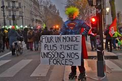 manifestation du 5 décembre 2019 pour la défense des retraites (Jeanne Menjoulet) Tags: manifestation paris retraites demonstration pensions 5décembre2019 monde juste forces