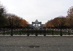 Brussels fence EXPLORED! (Shahrazad26) Tags: brussel brussels bruxelles belgium belgië belgique belgien jubelpark fence hek barrière