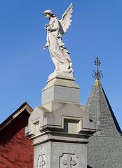 X_P1490513 (Menny Borovski) Tags: stoneangel headstone tombstone calvarycemetery longislandcity newyork gravestone memorial
