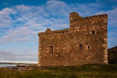 Portencross Castle (Briantc) Tags: scotland ayrshire northayrshire portencross westkilbride firthofclyde clyde castle