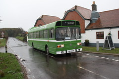MDL880R (jimmycomfort) Tags: isle wight beer buses