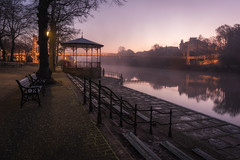 The Groves (Rob Pitt) Tags: chester groves queens park suspension bridge cheshire winter sunrise cold misty mist