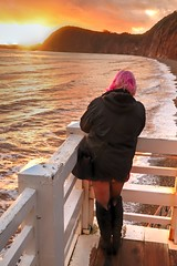 Sunset Photographer (Raphooey) Tags: gb uk england souith west southwest sid devon sidmouth vale valley beach sea seaside seashore shore shoreline wave waves spray railing railings canon eos 6d mk mark ii 2 sun sunset sundown down dusk evening jacobs ladder hdr photo photographer girl woman