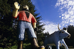 Trees of Mystery Paul Bunyab and Babe the blue ox Northern California USA (Jim Corwin's PhotoStream) Tags: travel localattractions destination tourism tourists northamerica sightseeing vacation outdoors famouslocation locallandmark restandrelaxation recreation leisure leisureactivity countryside treesofmystery paulbunyan legs shoes boots parkinglot big large giant statue klamath california folktale legend sculpture carvings visualarts themepark huge tall lumberjack northerncalifornia delnortecounty roadsideattraction redwoods amusementpark fictionalcharacter logger photography horizontal babe ox blueox