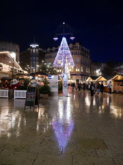 Friday Evening in the square (auroradawn61) Tags: christmasmarket reflections christmaslights bournemouth dorset uk england december 2019 lumixgx80