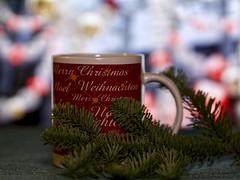 Weihnachtstasse (ingrid eulenfan) Tags: kaffeepause tasse pot coffebreak weihnachten christmas mugswithwords smileonsaturday text merrychristmas tanne tannenzweig 50mm 50mm14 sigma50mm14 sonya77ii weihnachtstasse noel