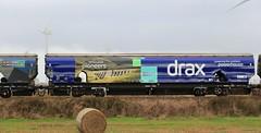 Drax Biomass Hoppers 6th December 2019 (2) (asdofdsa) Tags: maudsbridge transport trains travel thorne railway windfarm southyorkshire sky clouds fields locomotive drax biomass