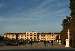 Schloss Schönbrunn (Wolfgang Bazer) Tags: schloss schönbrunn palace barockschloss barock baroque schlosspark french garden barockgarten hietzing wien vienna österreich austria