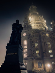 Dresden Frauenkirche with Martin Luther statue in the night fog - Dresden Germany (mbell1975) Tags: dresden saxony germany frauenkirche with martin luther statue night fog deutschland deutsch saxon foggy evening dark church kirche iglesia eglise chiesa kerk kirke igreja chapel kapelle kirken kyrkan cathedral kathedrale kathedralkirche abbey dom catedral cathédrale dumo kathedraal katedra domkirke our lady churchofourlady sculpture dome