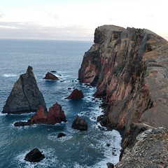 An ode to the lashing waves at Ponta do Rosto 🎶🌊 (varshapridhivi) Tags: pontadorosto madeira island portugal