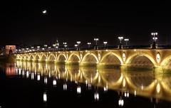 IMGP1279_DxO (bertrand.garrigou) Tags: bordeaux harbour port garonne napoleon bridge pont night light reflets pentaxart pentax k01 citylight longexposure reflexion pontdepierre pontnapoleon moon lune