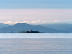 Lady Isle with Holy Isle and Isle of Arran in the background seen from Troon south beach (cmax211) Tags: lady isle troon lighthouse ayrshire scotland