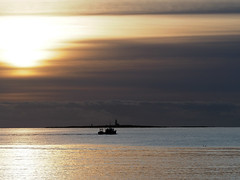 Lady Isle at sunset seen from Troon (cmax211) Tags: lady isle sunset troon ayrshire scotland boat