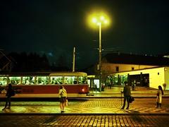 watching night tram riders (paddy_bb) Tags: olympusomd paddybb mft microfourthirds wwwpatblogde 2019 licht czechia czechrepublic cityscape street road prag strasse verkehr tram nachtleben passagiere traffic travel passenger nachtaufnahme abendlicht strasenbahn tschechien prague