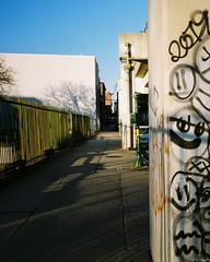 Kodak Gold 200 - 69 (kc_tinari) Tags: philadelphia philly film filmphotography lensblr kodakgold200 gold200 35mm 35mmfilm colorfilm streetphotography minoltarivazoom minoltafreedomzoomexplorer pointandshootcamera minolta