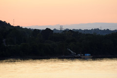 (Lunken Spotter) Tags: cincinnati ohio oh hamiltoncounty fernbankpark park parks river rivers ohioriver evening evenings sunset sunsets tree trees water riverine flow flowing foliage buildings boat boats float floating dusk colors colorful
