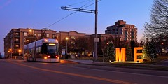 Hop at Burns Commons and ME (johndecember) Tags: december fall autumn 2019 milwaukee mke wisconsin usa album gallery onthehoproute thehopmke brookvillelibertymodernstreetcar 21stcenturytransit 21stcenturystreetcar transit gobystreetcar burnscommons park easttown greenspace openspace