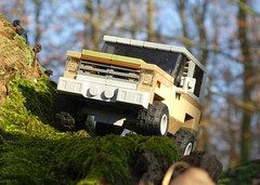 Jeep in the Green (captain_j03) Tags: toy spielzeug 365toyproject lego minifigure minifig car auto jeep 6wide strangerthings chevrolet k5 75810